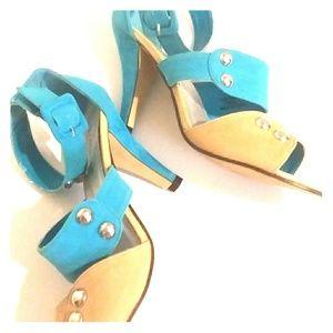 ShoeDazzle Turquoise studded sandal Sz 9.5